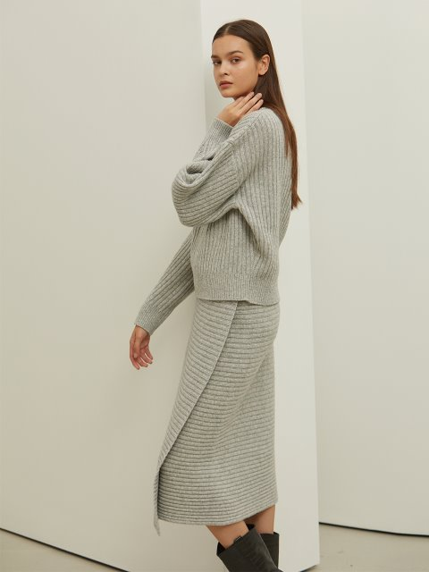 [SET]LIGHT GREY ROUNDNECK WOOL KNIT+LIGHT GREY WOOL KNIT SKIRT